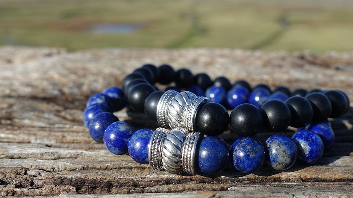 Lapis lazuli x black onyx bracelet bali collection setting